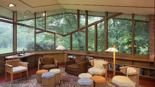 The original owners of a Frank Lloyd Wright dream home are selling, furniture included
