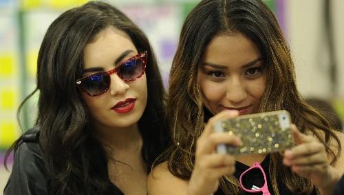 Instagram is killing teen girls' self-esteem