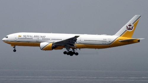An all-female flight crew landed a plane in Saudi Arabia—where women can't drive