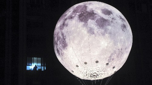 A Chinese company plans to build an artificial moon, eight times brighter than the real one