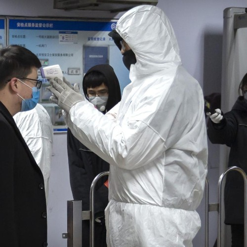 China says Wuhan virus, unlike SARS, infectious during incubation