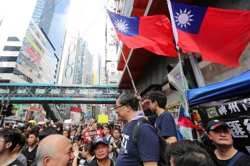 Hong Kong and Taiwan find solidarity against China