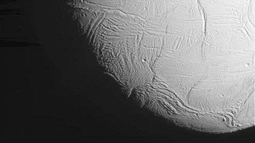 NASA just released a close-up of Saturn's moon Enceladus, taken 30 miles above the surface