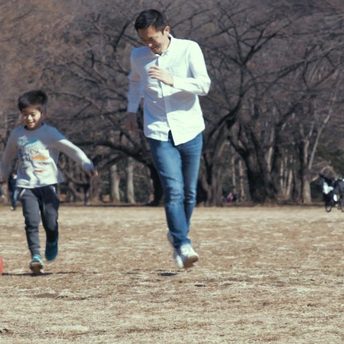 """Japan tackles gender inequality with a """"hunky dads"""" campaign"""
