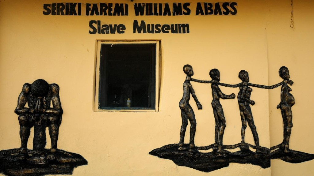 Intra-American slave trade explains the overrepresentation of Nigerian ancestry in the Americas