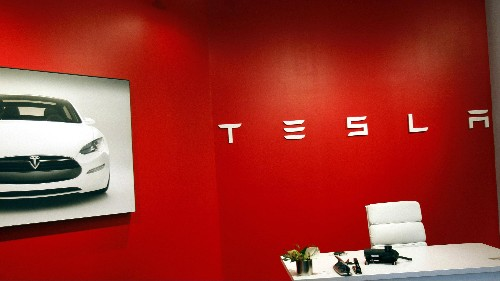 Elon Musk wants a different Tesla than the one he's built. What could go wrong?