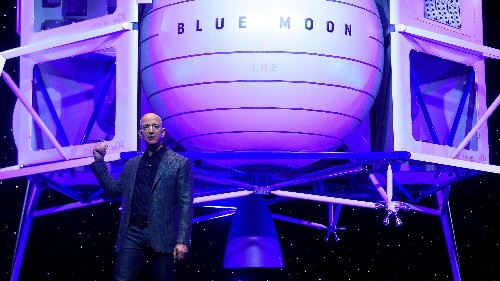 Jeff Bezos has built a team to take astronauts back to the moon