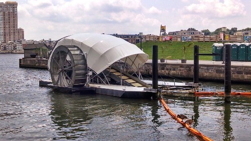 The most promising technology for cleaning up ocean plastic is a giant wheel