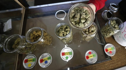 Americans bought more legal pot than Girl Scout cookies in 2015