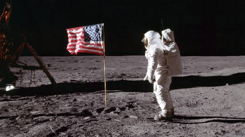 The best Apollo 11 content to read, watch, and experience