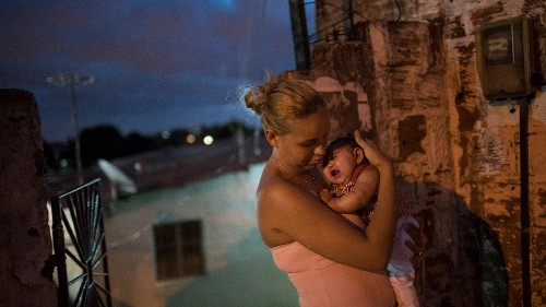 An infectious disease expert breaks down Zika's threat to pregnant women in the US