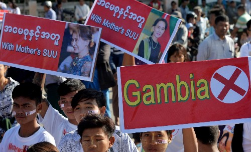 Aung San Suu Kyi defends Myanmar against genocide in court