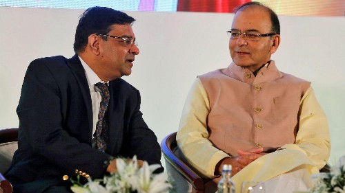 RBI warns of a spike in inflation—and takes a jibe at Jaitley's budget