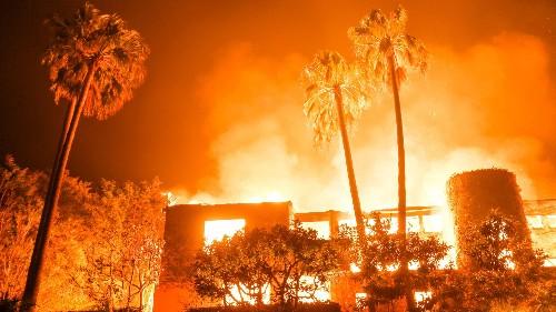 California fires forced Will Smith, Lady Gaga, Kim Kardashian and other celebrities to evacuate the Malibu area