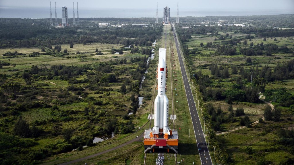 A Chinese rocket appears to rain rogue parts down from space