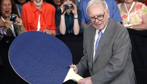 Warren Buffett is reportedly bidding for Yahoo
