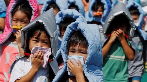 Japan rethinks school smartphone bans following earthquakes