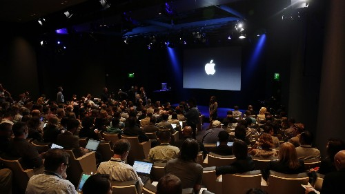 Apple's software-quality problems signal management issues