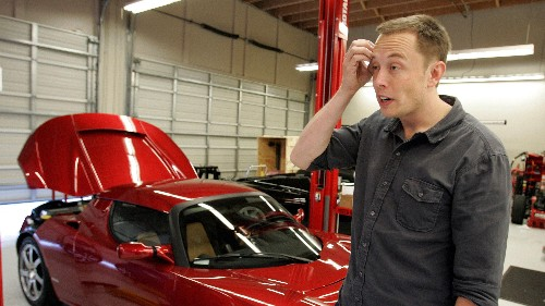 Elon Musk actually really wants Apple to build an electric car