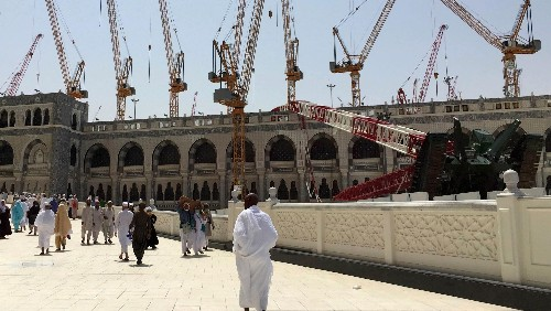 Has the modernization of the pilgrimage to Mecca gone too far?
