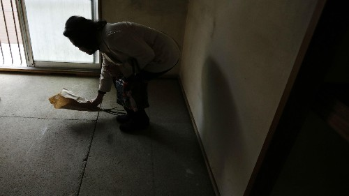 The growing industry of cleaning up after elderly Japanese who die alone