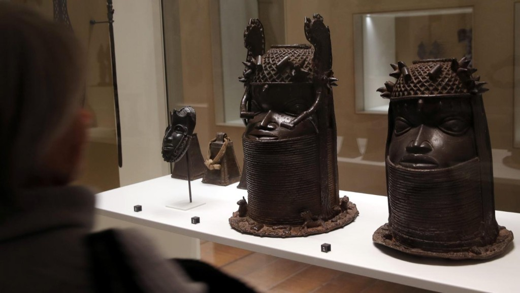 Africa's lost artifacts are being put up for sale during the global economic crisis