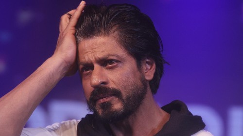 Shah Rukh Khan thinks that intolerance is bringing India back to the dark ages
