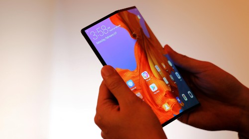 MWC 2019 is all about 5G, foldable phones, and fractious politics