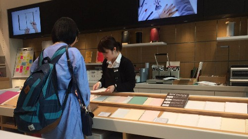 A 100-year-old Japanese stationery store lets customers design the perfect, custom notebook