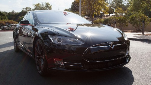 Tesla just transformed the Model S into a nearly driverless car
