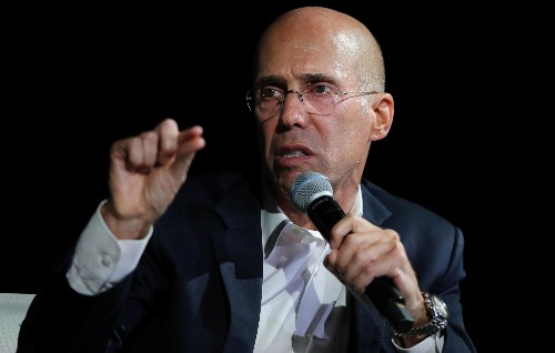 """Jeffrey Katzenberg's Quibi to offer """"snackable"""" movies on phones"""