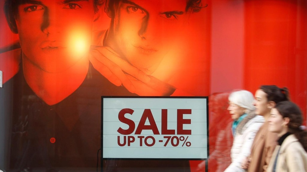 Covid-19 is going to make fashion's discounting problem much worse