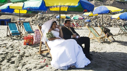 Destination divorces are turning heartbreaks into holidays