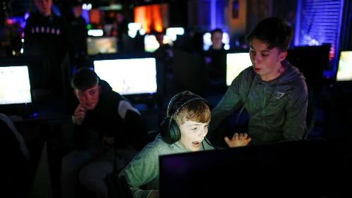 Video games probably aren't bad for boys, but it's different for girls