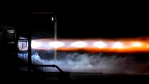 Jeff Bezos built a huge rocket engine and now Elon Musk has real competition