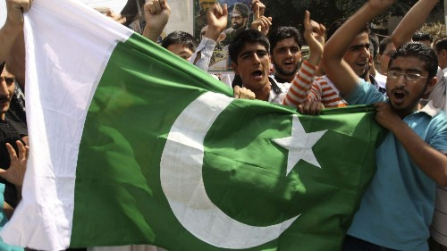 Meet the young men who make Pakistani flags in India's Kashmir