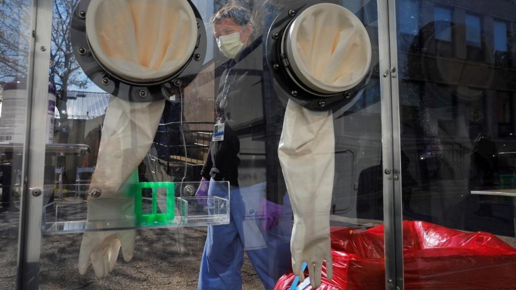 "Senators want a US ""Health Force"" to tackle the coronavirus crisis—and more"