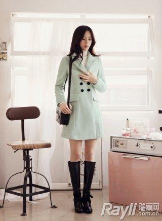 服装搭配 - Magazine cover