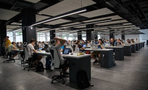 Open Plan Offices Kill Productivity. Here's What to Do Instead.