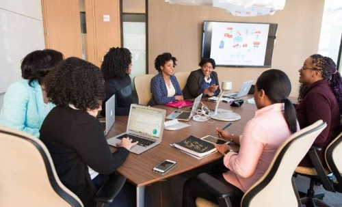 How to Make Data-Driven Business Decisions in Employee Training