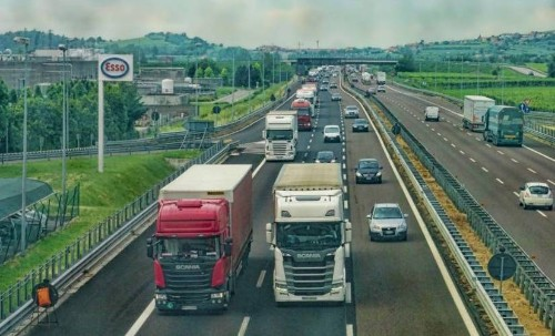 What are the Benefits of GPS Tracking in the Supply Chain?