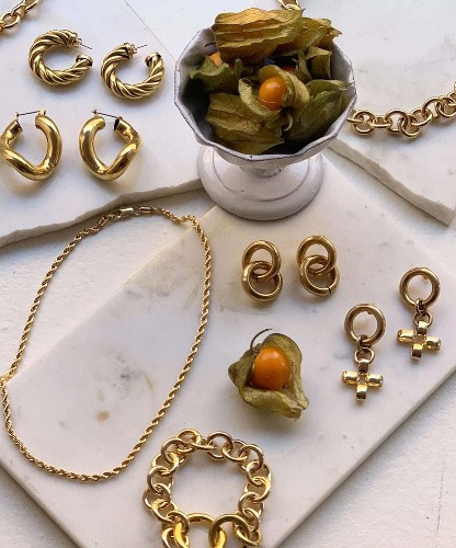 9 Of The Best Brands Nailing Gold Jewellery