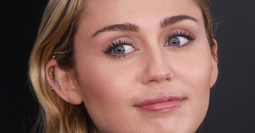 Miley Cyrus Shares Hospital Selfie Asks For Good Vibes