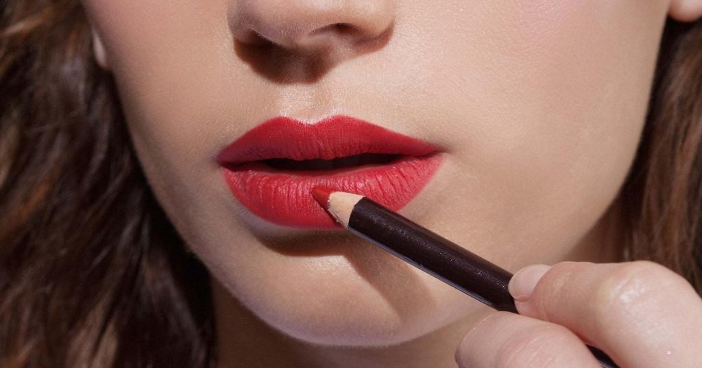 Beauty-Hacks: 8 Tricks für langanhaltendes Party-Make-up