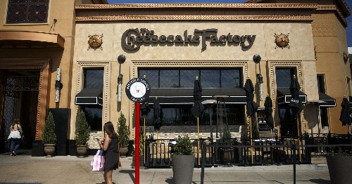 Cheesecake Factory Is Taking A Stand Against Landlords During The Coronavirus Outbreak