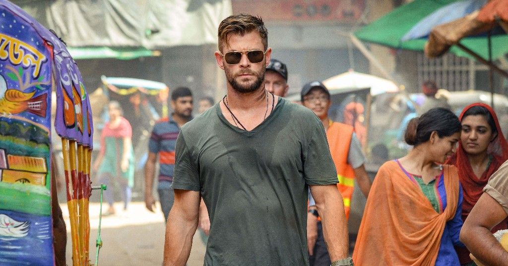 Chris Hemsworth Is A Very Manly Man In Man Movie