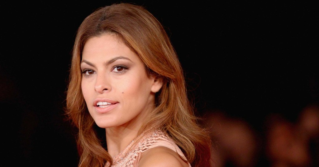 Eva Mendes Shared A Graphic Photo Of Her Most Recent Skin Procedure