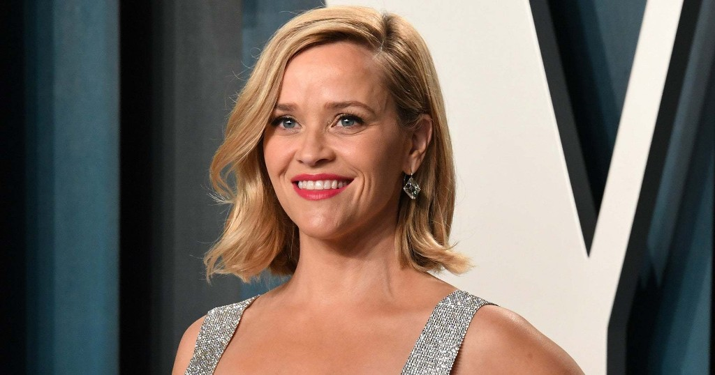 Reese Witherspoon Started A New Instagram Challenge — It's Very 2020