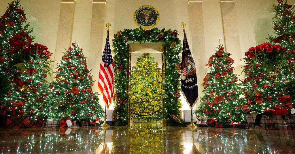 How Many Different COVID Guidelines Is The White House Ignoring This Holiday Season?