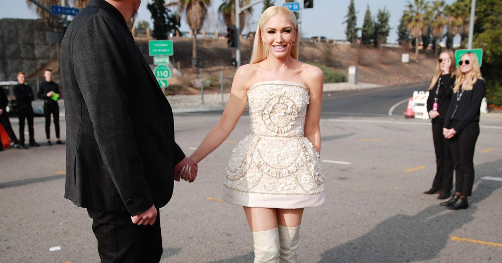 Gwen Stefani's Engagement Manicure Goes Back To Her Punk Roots